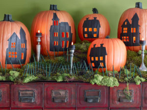 A100718 Country LIving Halloween October 2010